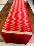 6 seater Table Runner: Zigzag