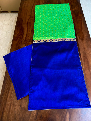 6 seater table runner: Green blue reflection