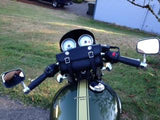 Handlebar bag on Triumph Thruxton