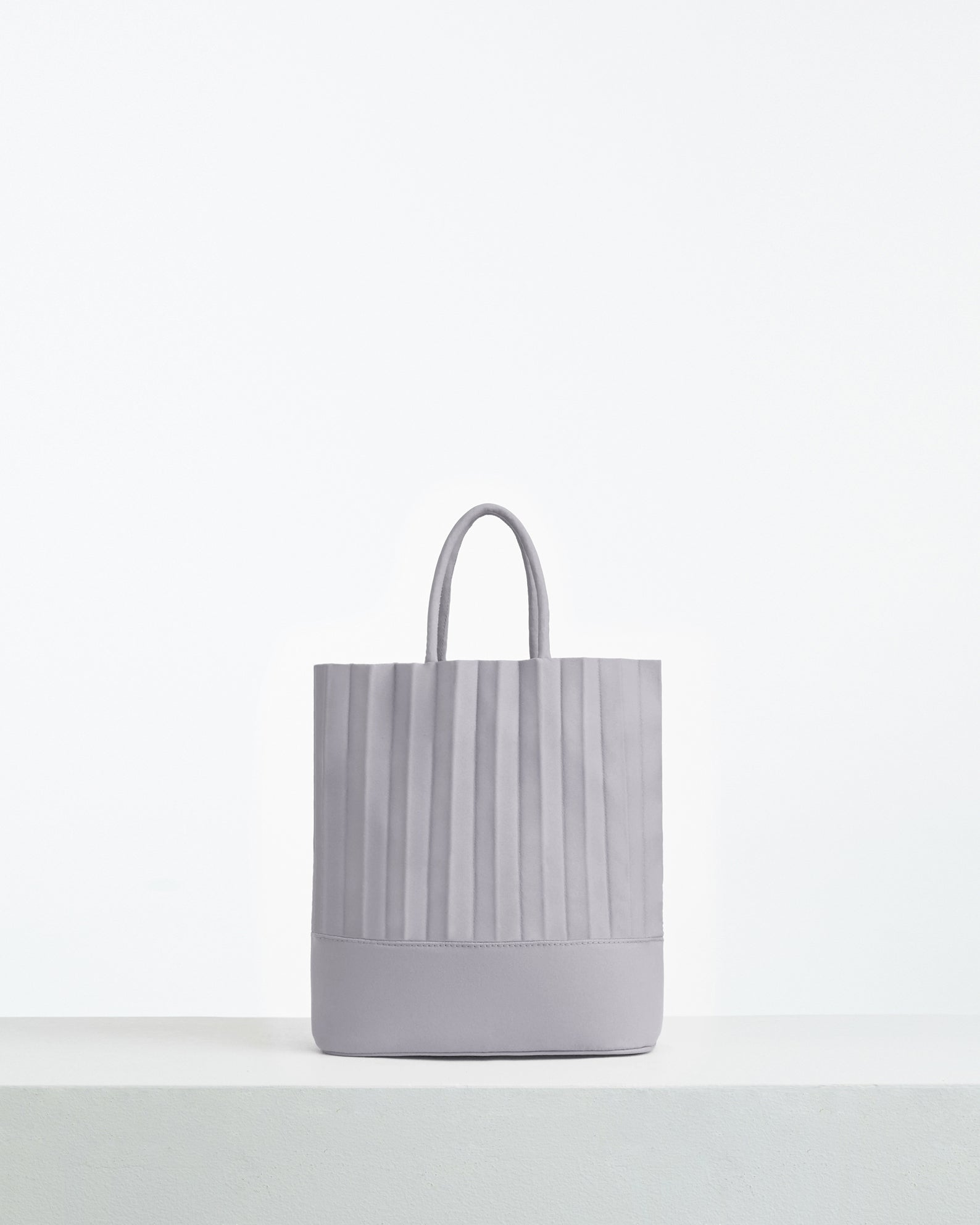 aPacklet (Pitcher) | Handbag in Dusty Violet