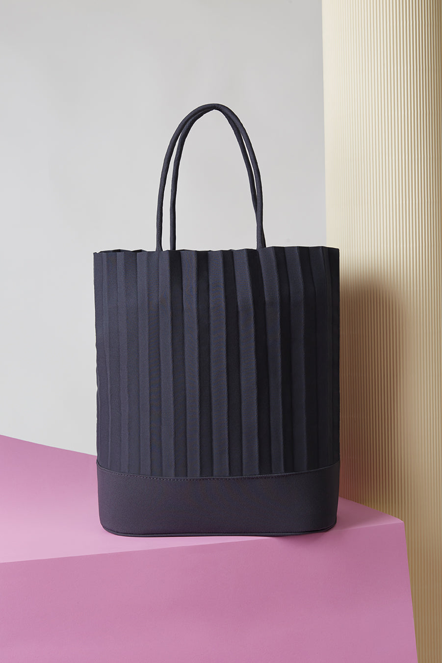 aPacklet (Regular) | Handbag in Dark Grey