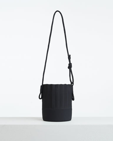 aPail (Pint) | Bucket bag in Black