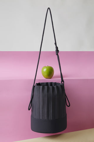 aPacklet (Pitcher) | Handbag in Light Grey