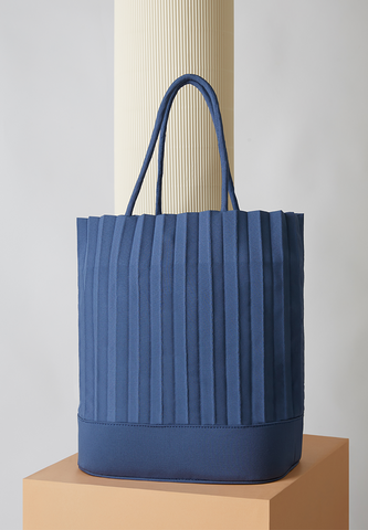 aPacklet (Regular) | Handbag in Marine Blue