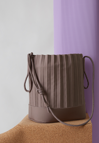 aPaddy | Bucket bag in Light Grey