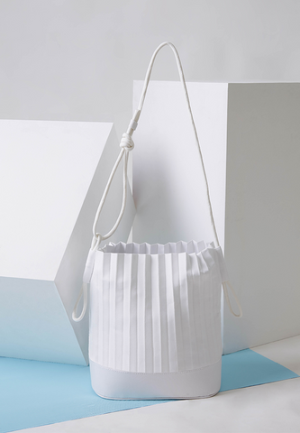 aPaddy | Bucket bag in White