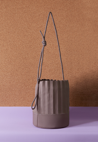 aPail | Bucket bag in Light Grey