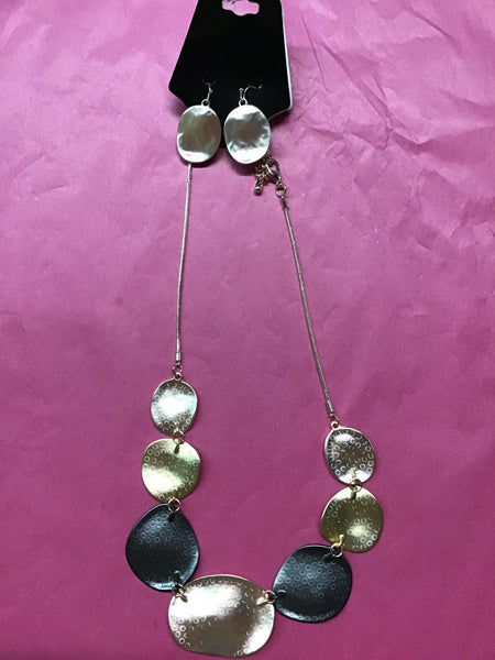 Gold and Pewter disc necklace set