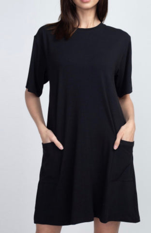 Black pocket t shirt dress