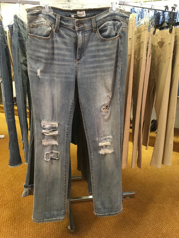 Denim distressed mid rise jean