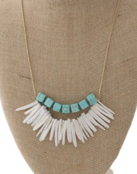 Turquoise natural stone and wooden gold tone necklace