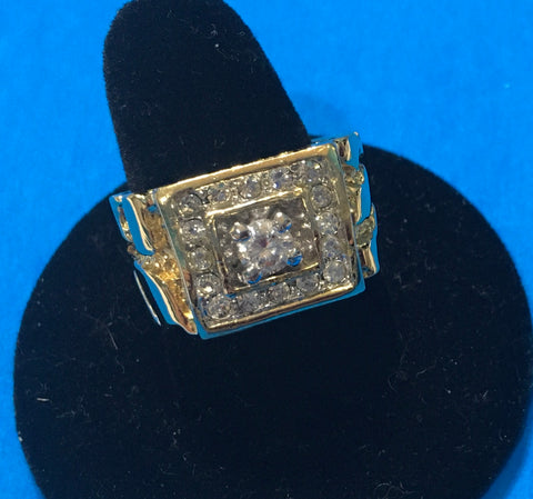 Men's vintage CZ with 16 surrounding gold design ring