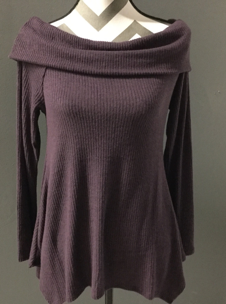 Purple folded off the shoulder long sleeve ribbed knit sweater