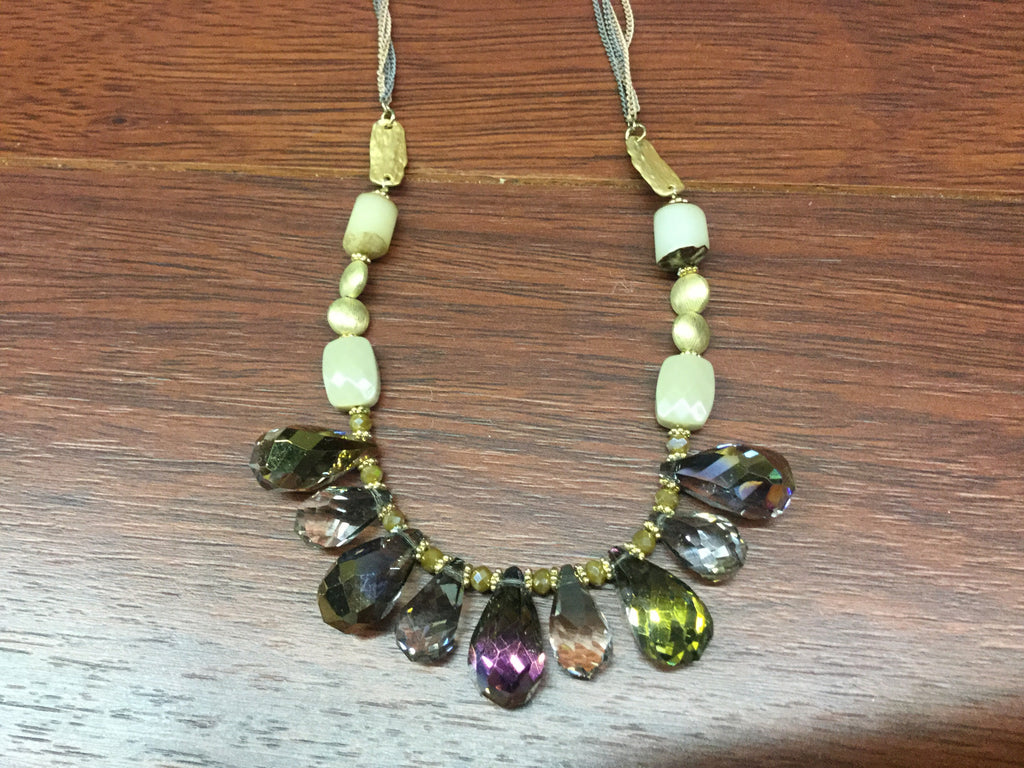 Green irridescent multi teardrop necklace
