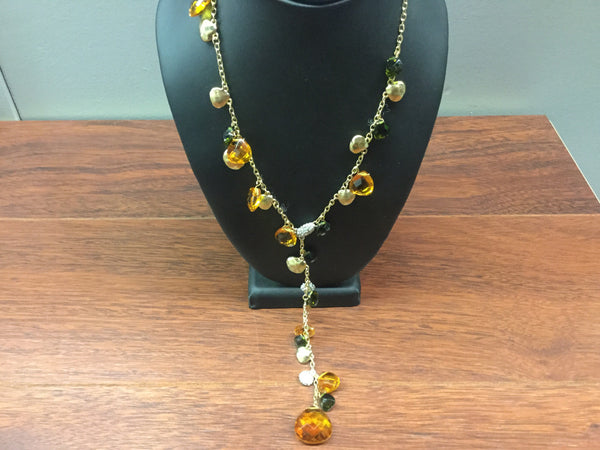 Necklace set with gold chains and amber stones