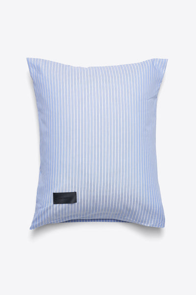Wall Street <br> Pillow case <br> Oxford <br> Stripe light blue