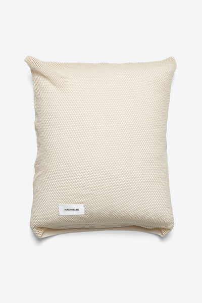 Sex <br> Pillow case <br> Mesh <br> Natural