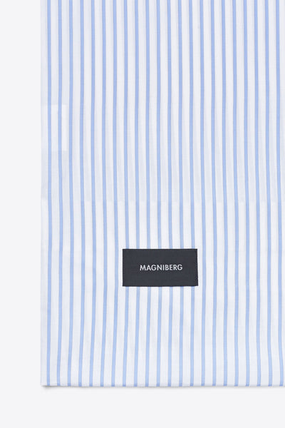 Wall Street <br> Pillow case <br> Oxford <br> Stripe white
