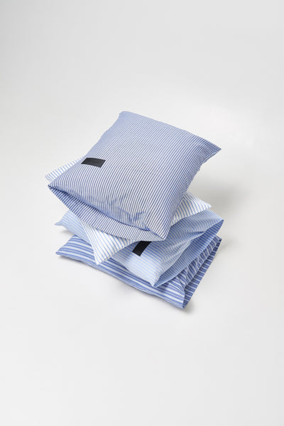 Wall Street <br> Pillow case <br> Oxford <br> Stripe medium blue