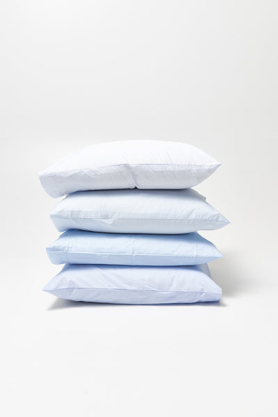 Wall Street <br> Pillow case<br> Poplin <br> Light blue mini stripes