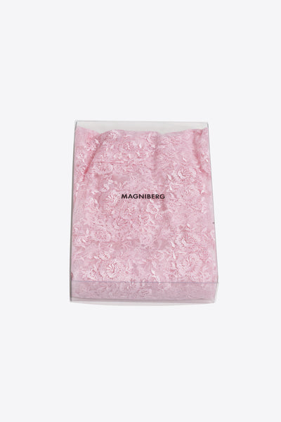 Rose <br> Duvet cover <br> Lace <br> Pink