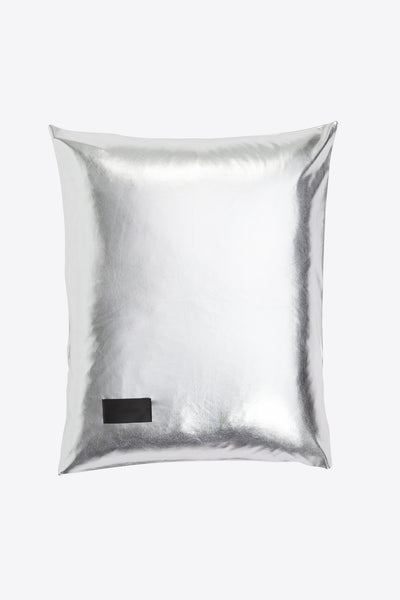 Nude <br> Pillow case <br> Jersey <br> Metallic silver
