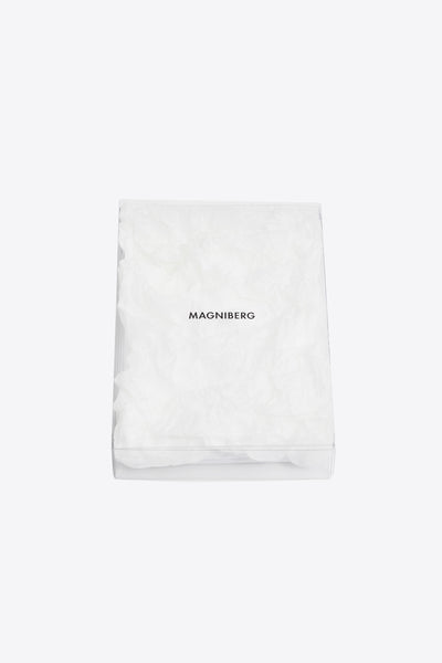 Raw <br> Duvet cover <br> Sateen <br> White