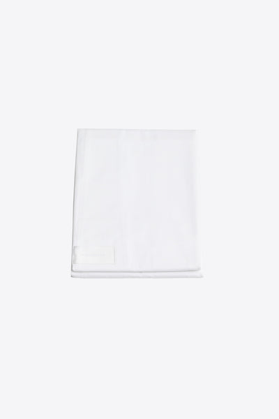One <br> Flat sheet <br> Poplin <br> White
