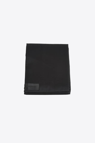 Raw <br> Duvet cover <br> Sateen <br> Black