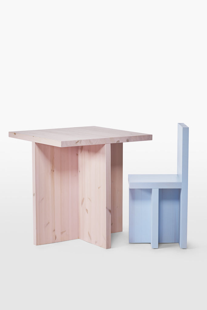 Bull <br> Table <br> Pine Wood <br> Pink