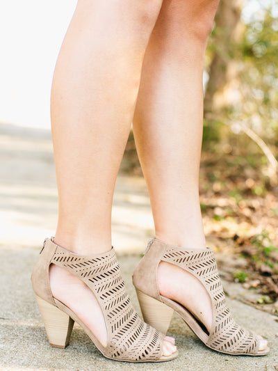 Candice Cutout Sandals - Tan