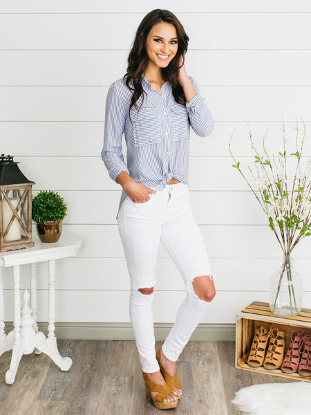 Brunchin' Babe Button-Down - Navy