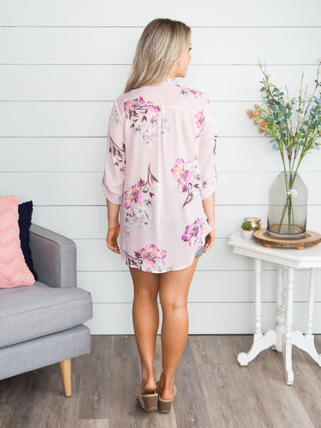 Running Free Floral Top - Pale Pink