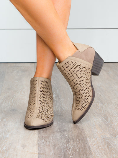 Chinese Laundry Willow Cutout Bootie - Taupe