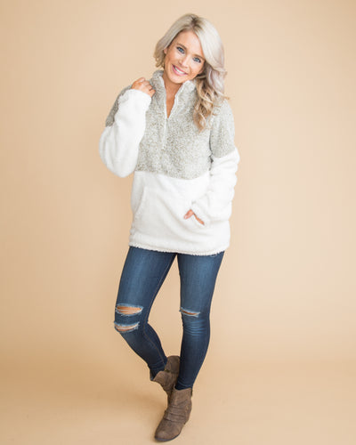 All The Warmth Color-Block Plush Pullover - Olive