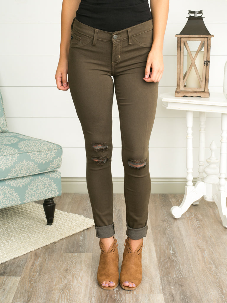 Lea distressed skinny jeans olive eleven oaks boutique for Lea boutique