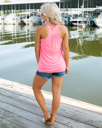 Beach Babe Graphic Tank - Pink