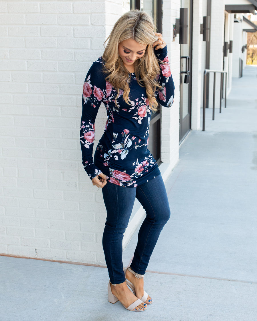 Falling Floral Top - Navy