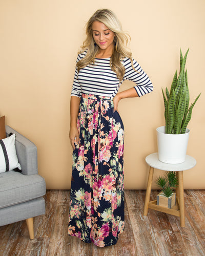 Caught Your Eye Dress - Navy
