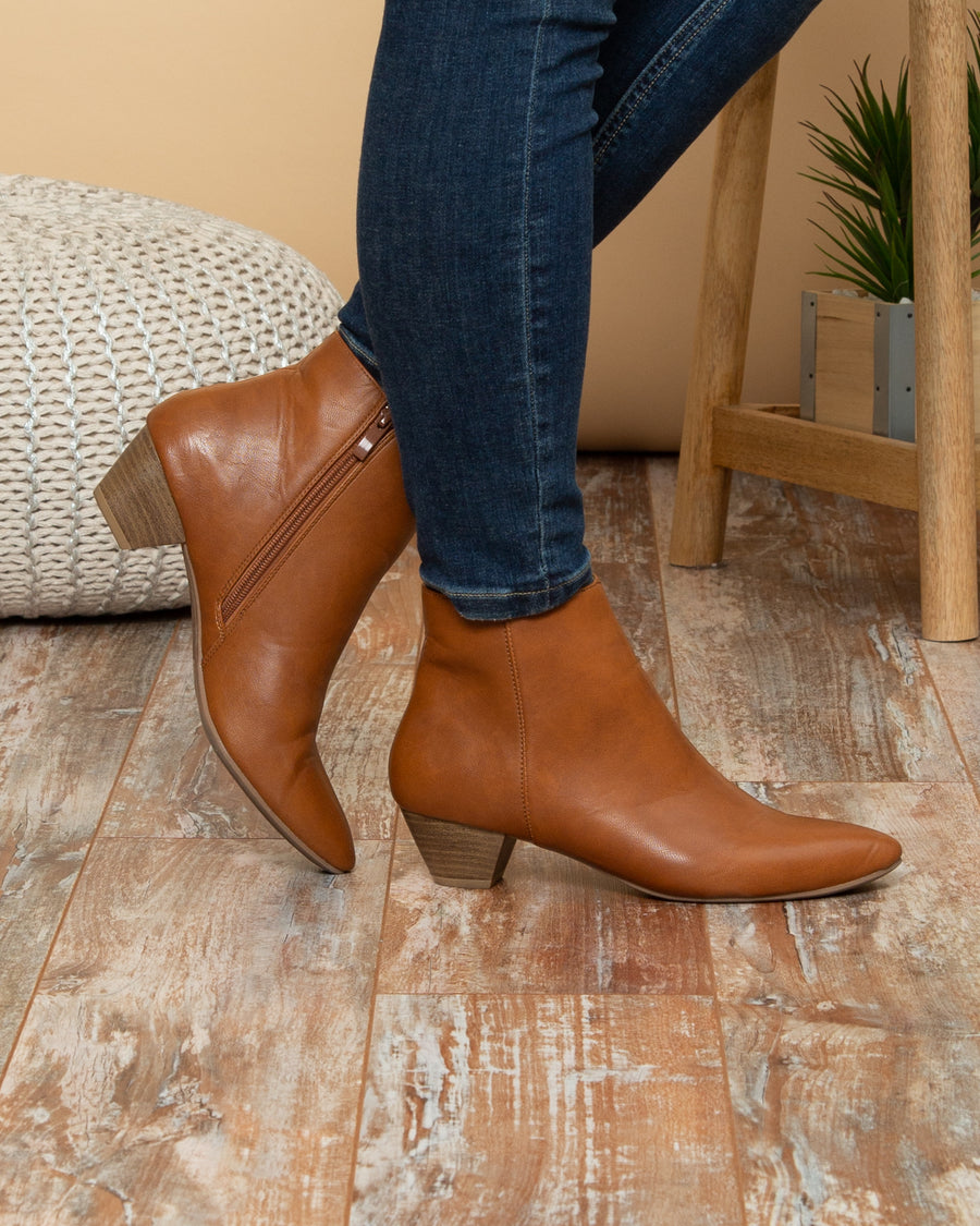Chinese Laundry Sawyer Booties - Cognac