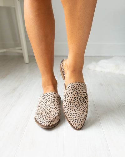 Chinese Laundry Turner Mules - Cheetah