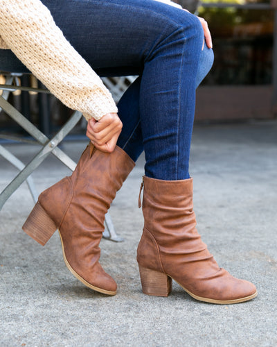 Dallas Booties - Cognac