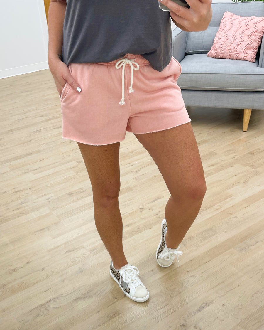 Easy Breezy Shorts - Light Pink