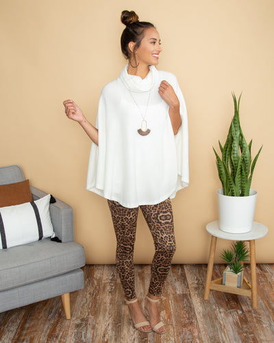 Go For Cozy Poncho - Off White