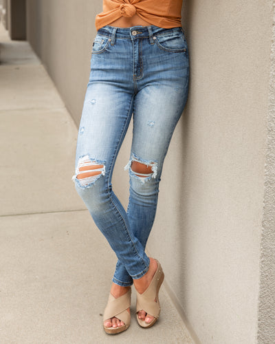 Haleigh Distressed Skinny Jeans - Light Wash