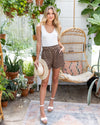In The Hamptons Shorts - Mocha