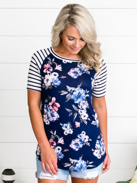 All The Feels Floral Top - Navy