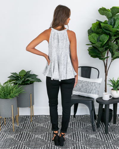 Know The Scoop Tank - Black/White