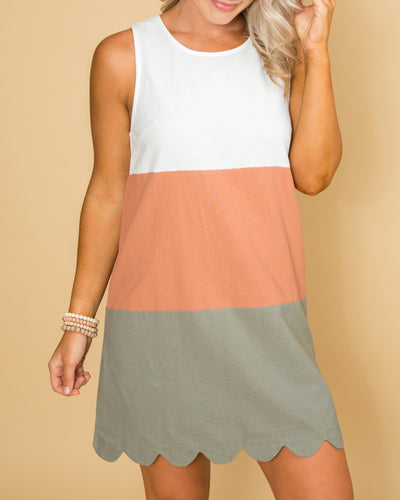 Message From The Heart Color-Block Scallop Dress - Off White