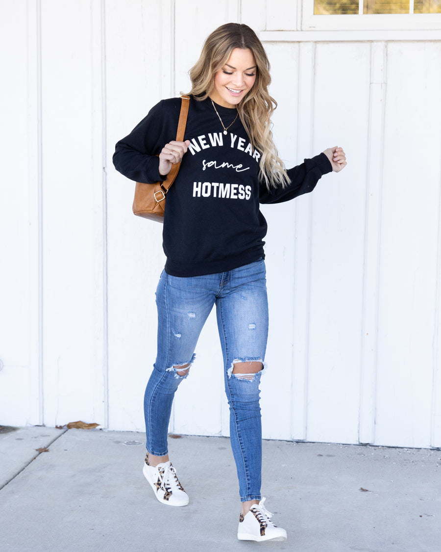 New Year Same Hot Mess Graphic Pullover - Black
